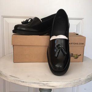 Black Dr Martens loafers